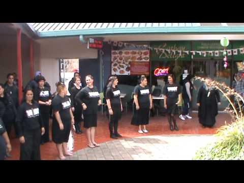 Te Manga Maori EIT Hawkes  Bay. Te Whare Takiura o  Kahungunu. Civic Court  Napier.  20.09.2011