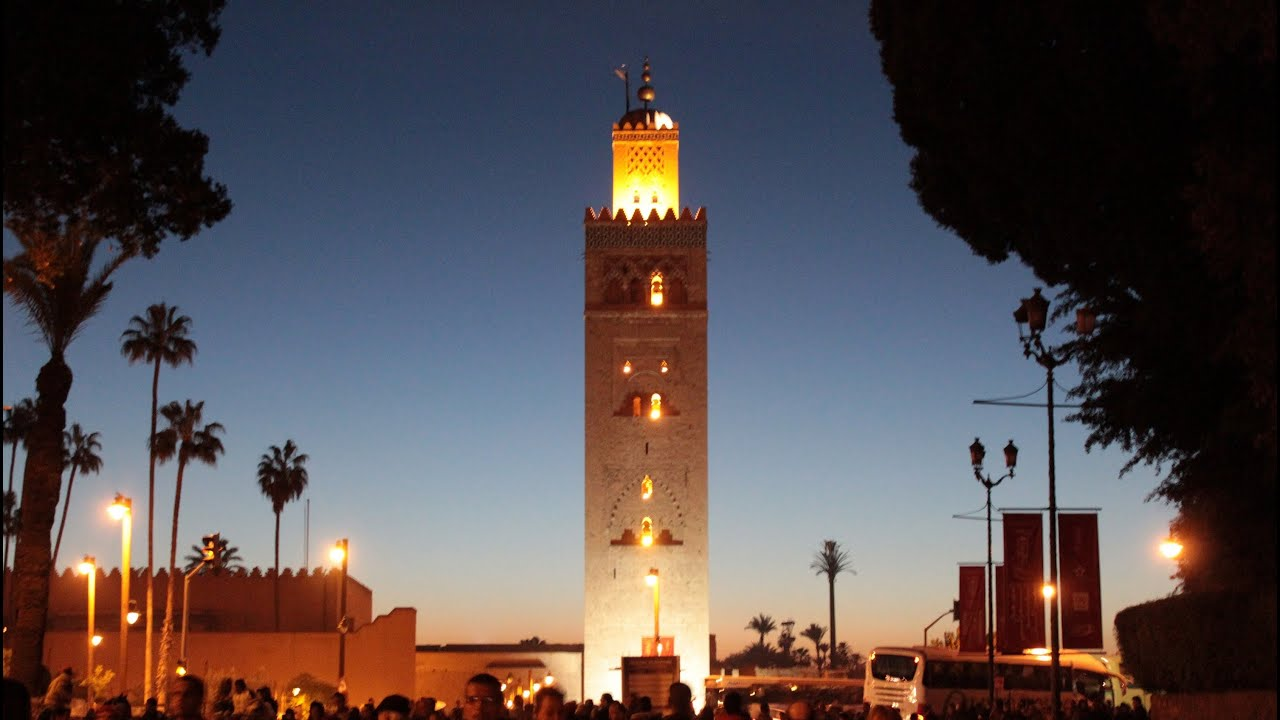 800 year old koutoubia mosque adhan call to prayer. Black Bedroom Furniture Sets. Home Design Ideas