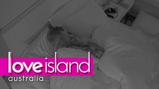 Eden and Erin drop the L bomb | Love Island Australia 2018