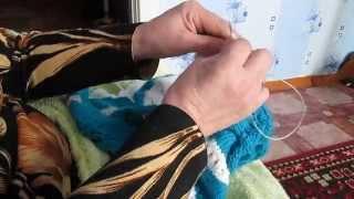 Вяжем на круговых спицах с тросиком маленькие-изделия