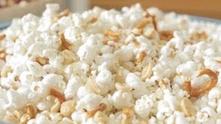 Irresistible Pretzel & Peanut Popcorn
