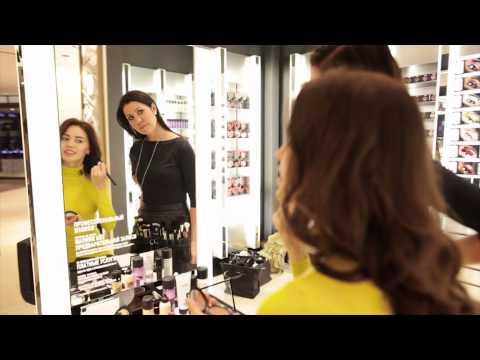 Прическа и макияж как  у Мисс Мира