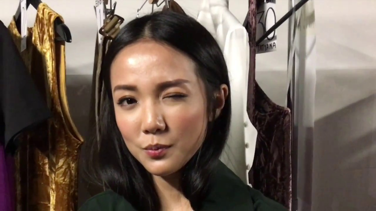 6aba67c70db 19 Questions With Yoyo Cao Backstage at Singapore Fashion Week - YouTube