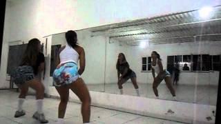 Download Louca Louquinha MC K9 - Prof.Laís e Marcela. MP3 song and Music Video