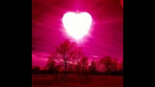 אתניקס ואייל גולן - רק האהבה תנצח