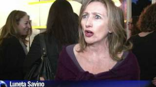 Arabic-Web-Italian women take on scandal-hit Berlusconi