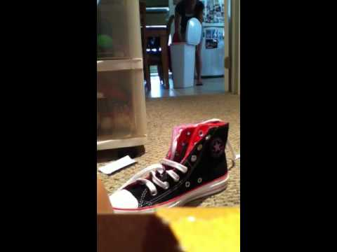 Unboxing my brand new Converse double tongue shoes