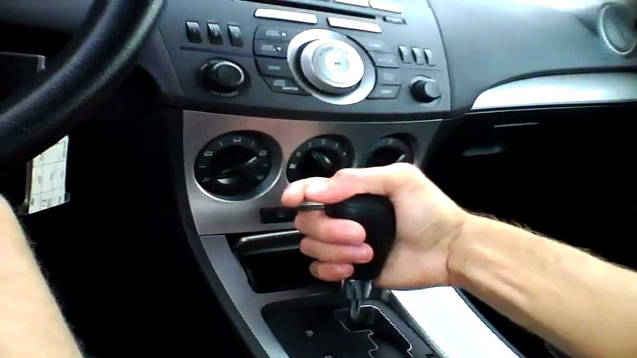 2010 mazda3 sedan start up quick tour rev with exhaust view