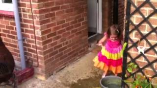 funniest video ever 2yr old girl heidi g goes crazy at granddads one apple one bucket