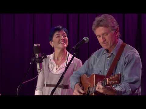 Mirror - Nell Robinson & Jim Nunally Band