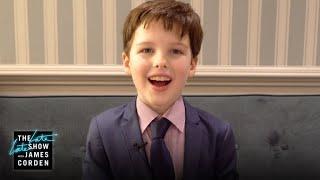 Iain Armitage Reacts to Sheldon Cooper Fan Theories