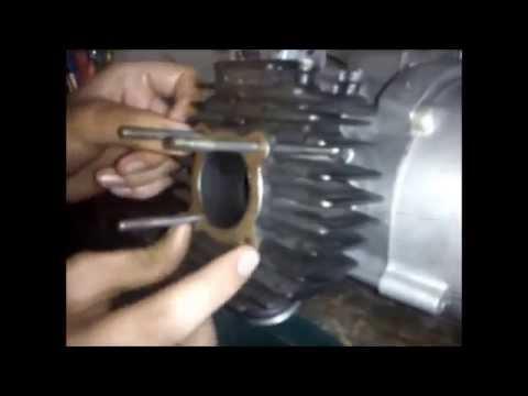 Yamaha 2 stroke engine rebuild