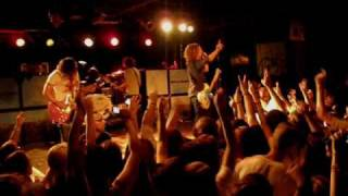 We The Kings - Check Yes Juliet (LIVE HQ)