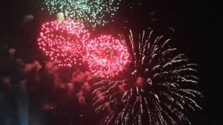 Салют в Зеленограде 9 мая 2016 года(Видео www.netall.ru., 2016-05-09T20:28:57.000Z)