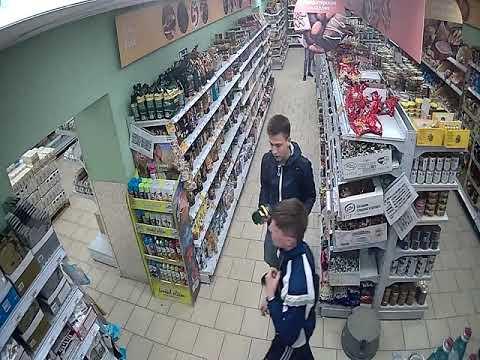Полиция ищет «любителя» кофе в Чебоксарах (кража из Пятерочки)