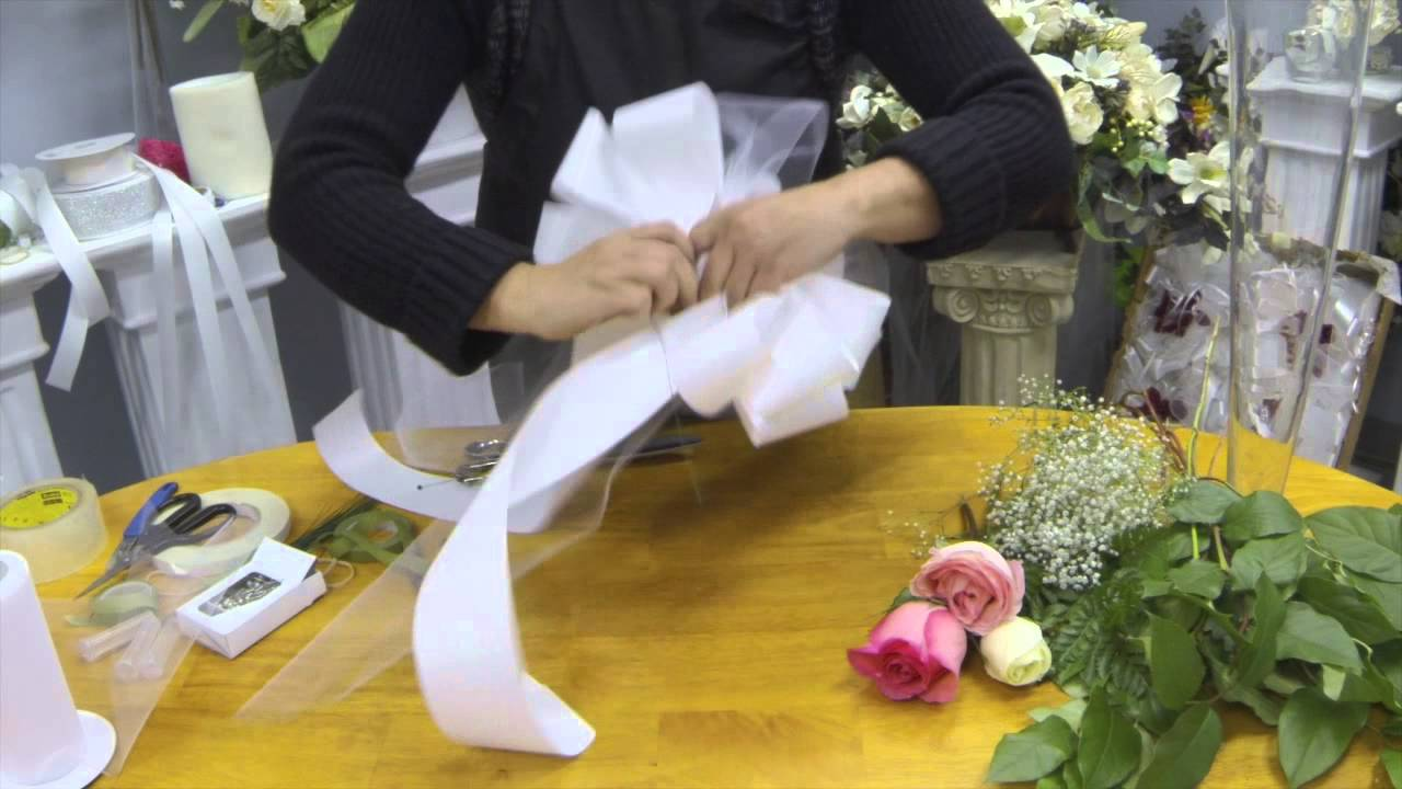 How to Make Pew Bows with Tulle, Ribbon and Fresh Flowers - YouTube