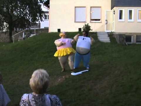 Schwer Verliebt Lustige Showeinlage Zur Goldenen Hochzeit