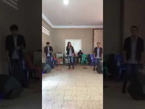 Video terpopuler Lady _ Las uli trio
