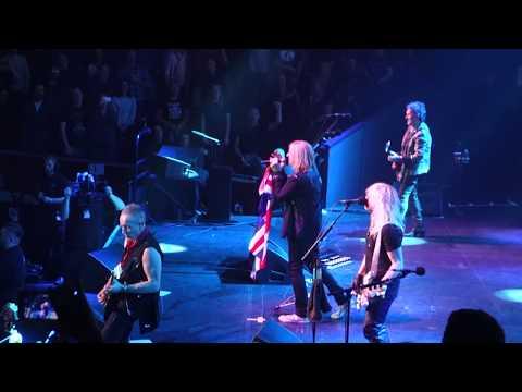 Def Leppard - Love Bites (Live At Royal Albert Hall - Teenage Cancer Trust 2018.)