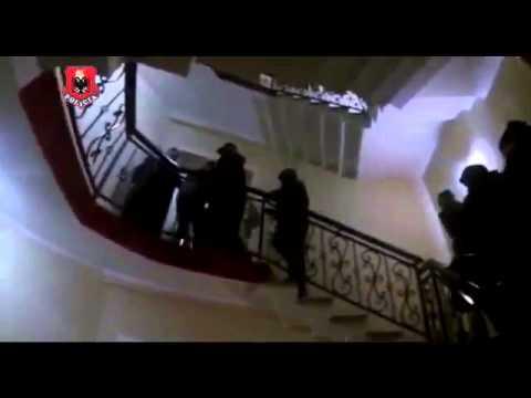 Momentet kur policia arreston të dyshuarin për vrasje në Bathore