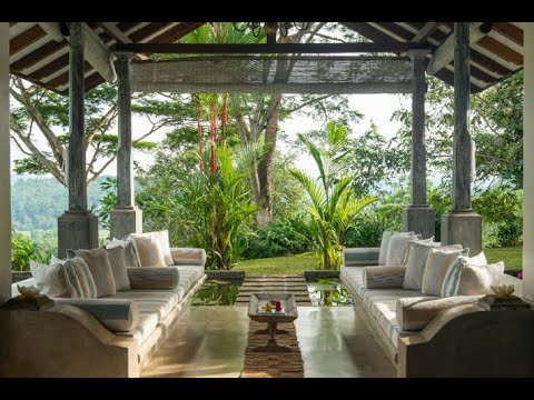 Luxury hill top villa with 360-degree views - LIP 096