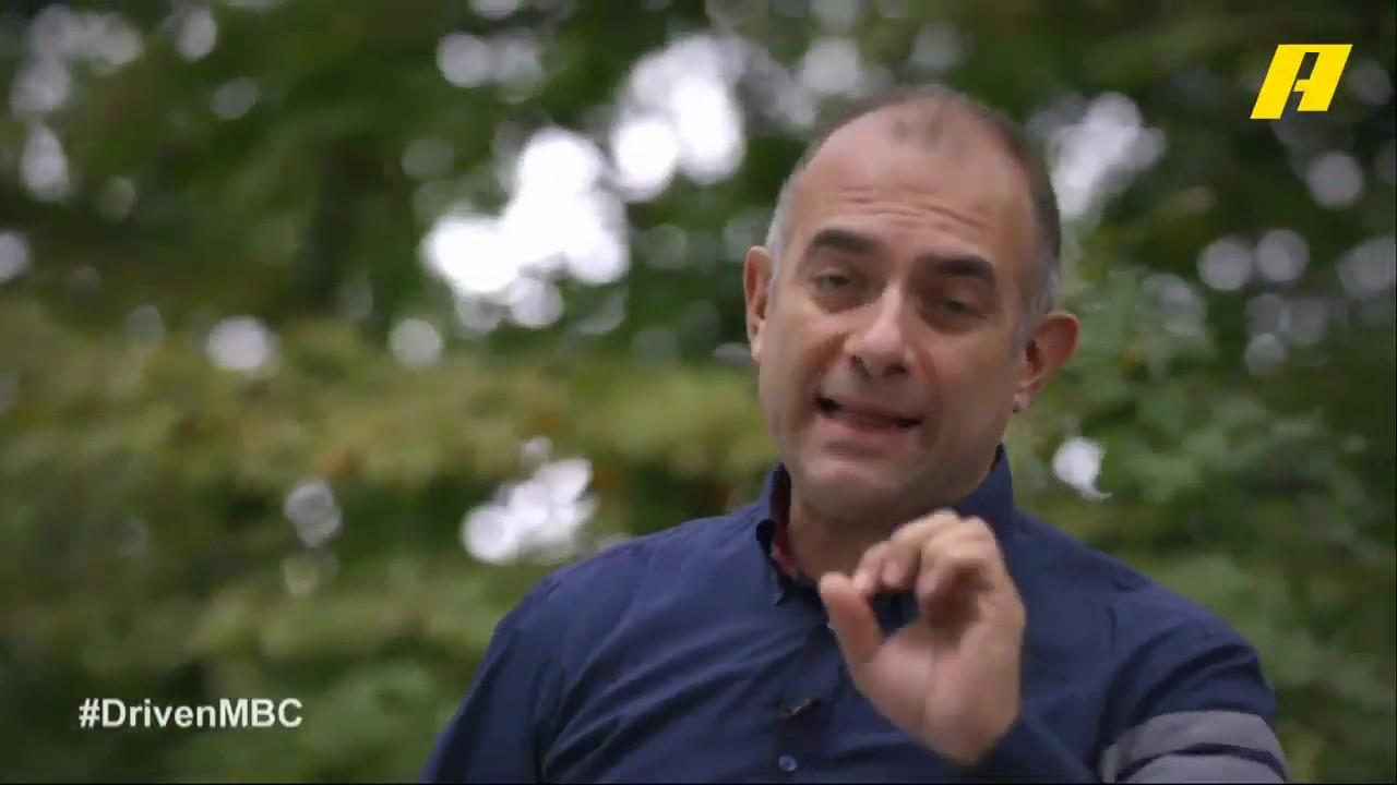 فرانسوا يختبر سيارة بورش تايكان في لوكسمبورغ.. شاهد التجربة في برنامج دريفن