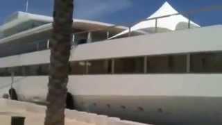 Ormeggiato nel porto interno di Brindisi il super yacht di Steve Jobs