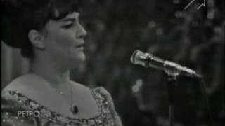 """Ольга Воронец """"Зачем вы девочки красивых любите?"""" Песня года - 1971"""