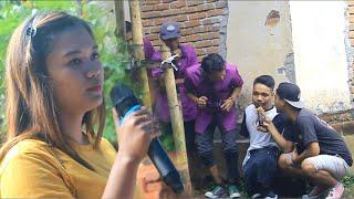 Download Lagu untung jayadi takut saat di suruh nyanyi lagu pelentong paok mp3