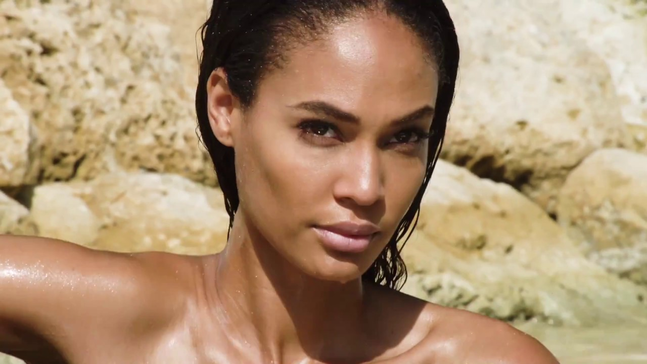 Joan smalls in hairy fuck picture