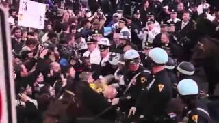 請來看看美國警察的清場手法 就知我們香港警察的仁慈