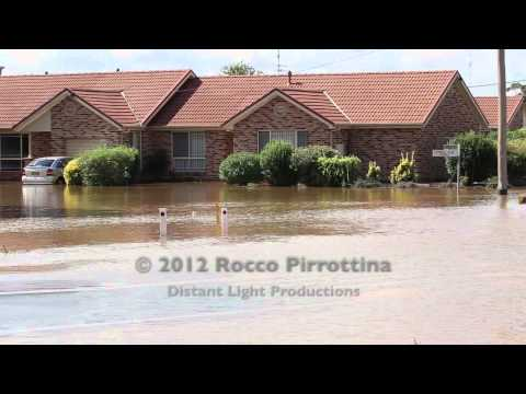 Griffith NSW Floods 04/03/2012.mov