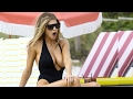 Baywatch star Charlotte McKinney expose in Miami