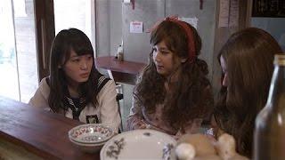 「ガムあげるわ!」「ガム食べへん?」「ガムいらん?」 大阪のおばちゃんのごとくコテコテの関西弁でにっこり微笑みながら、メンバーにガ...