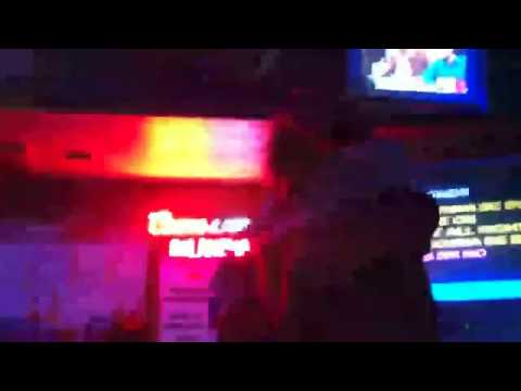 Wayne Coyne Sings Meatloaf (with friend, Betsy)