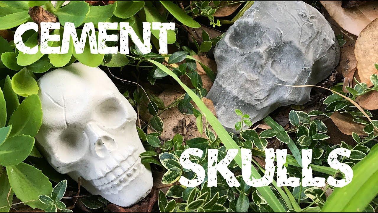 Easy DIY Cement Skulls Tutorial - here's your weekend Halloween project