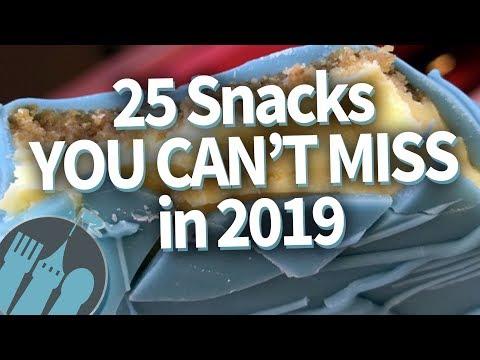 25 Disney World Snacks You MUST Get in 2019!
