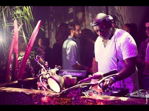 KEVIN SAUNDERSON · Keep on Dancing at Heart Ibiza © AllaboutibizaTV