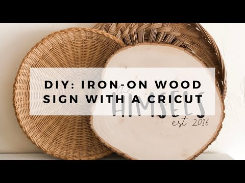 How to Make a Wood Sign Using Your Cricut and Iron On Vinyl // DIY Wood Sign Using Your Cricut