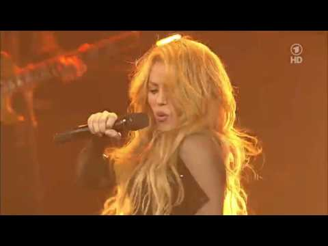 Shakira - Can't Remember To Forget You Live