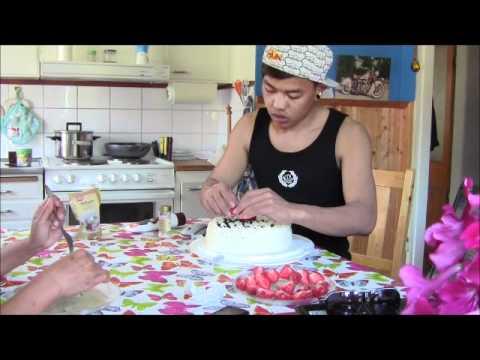 HAPPY BIRTHDAY MUM _  ทำเค้กวันเกิดให้แม่