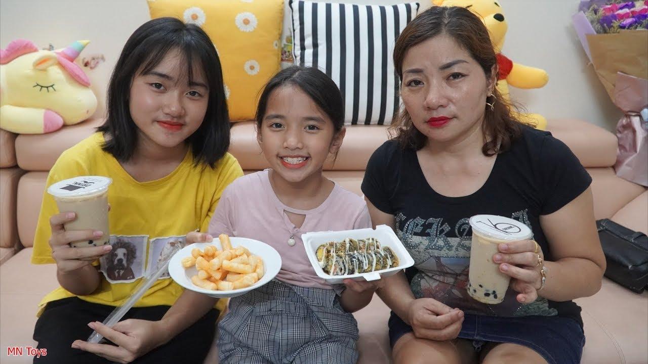 Mẹ Mua Tokbokki, Kimbap và Trà Sữa Trân Châu Đường Đen Cho Hai Chị Em - Gia Đình Vui Vẻ - MN Toys