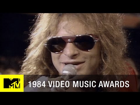 A-Look-Back-at-First-Ever-VMAs-in-1984-MTV