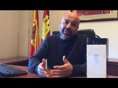 VÍDEO | Molina dona a una ONG el regalo navideño de un banco