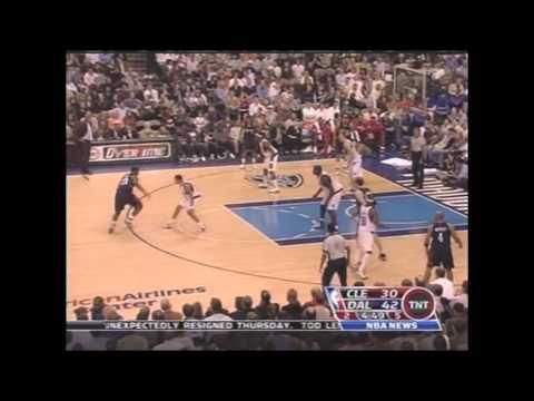 Lebron James vs Mavericks Season 06-07 (March 1, 2007)