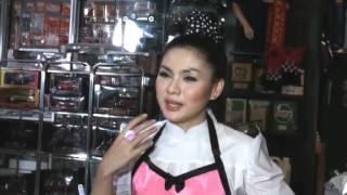 Vicky Shu Bikin Lagu Buat Yang Galau