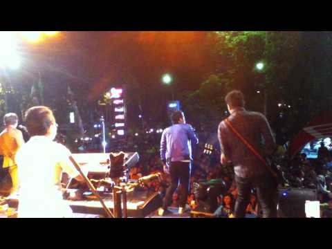 Supernova - Sayang Live at Surabaya