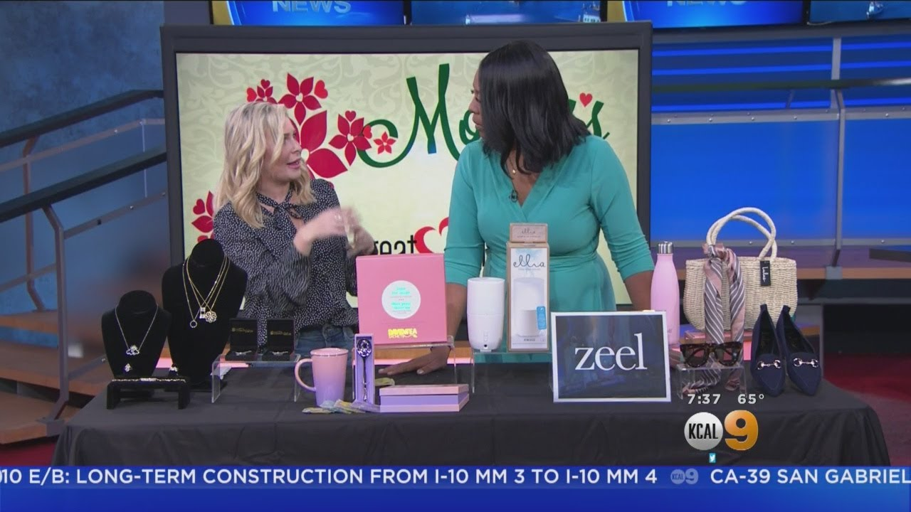Go-To-Girlfriend Shows Us Some Great Motheru0027s Day Gift Ideas  sc 1 st  YouTube & Go-To-Girlfriend Shows Us Some Great Motheru0027s Day Gift Ideas - YouTube