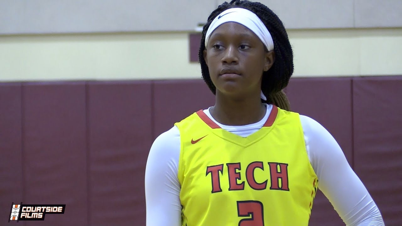 6'3 Freshman Janiah Barker Highlights From The BRAZZ Sports Preseason Classic!