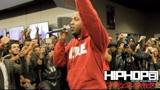 "Kendrick Lamar Performs ""Backseat Freestyle"" Best Buy (Throwback Video)"